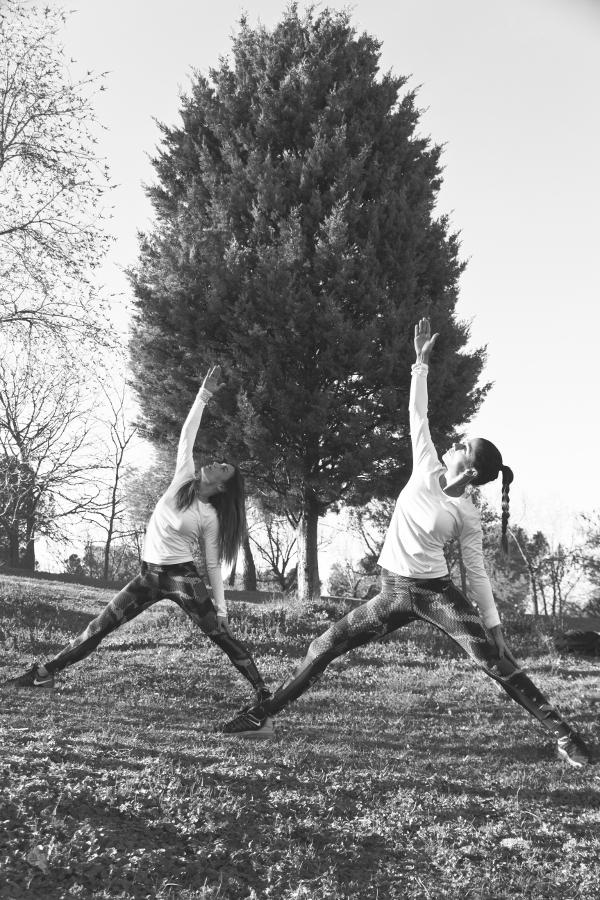 mariam hernandez gym tony la tira actriz fuerteventura fit girl yu yoga asana