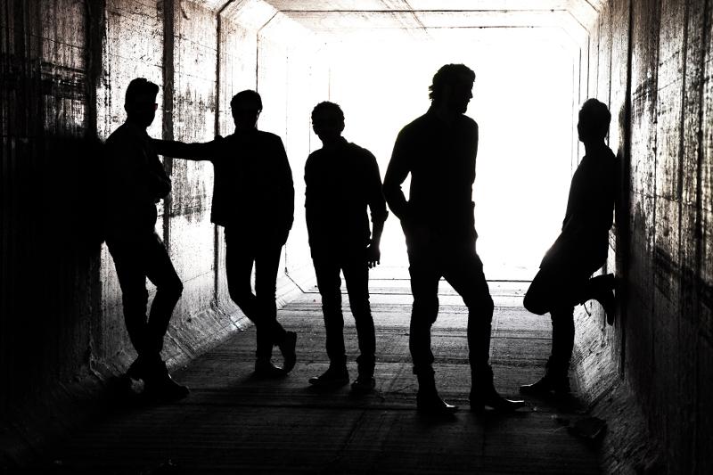 IZAL gira madrid barclaycard agujero de gusano indie independiente