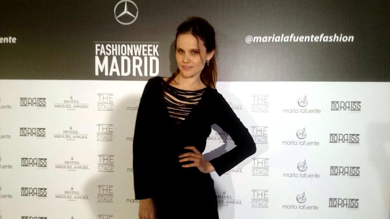 desfile moda madrid mbfw maria lafuente vestido negro fashion septiembre