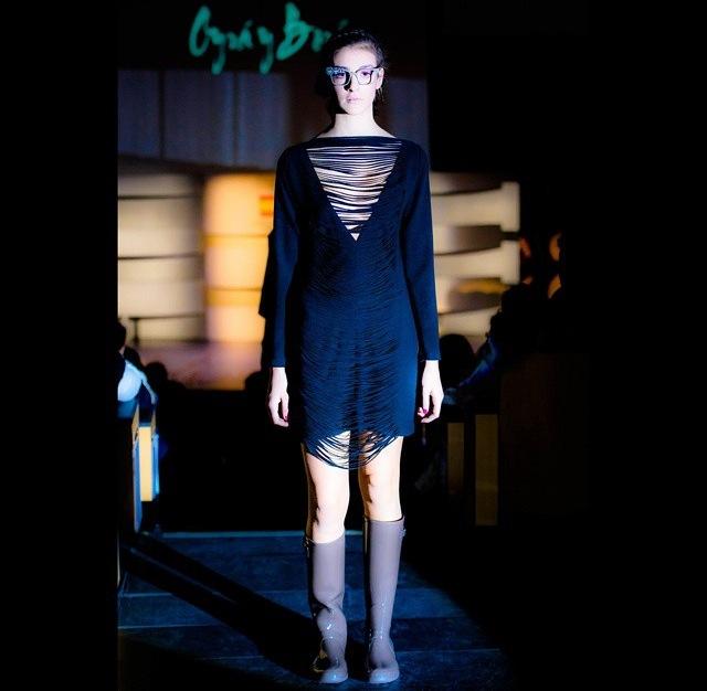 desfiles moda madrid mbfw maria lafuente vestido negro fashion septiembre