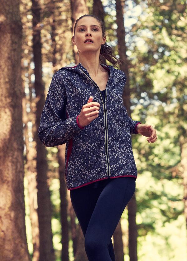 mango sport performance running moda deporte chaqueta mujer