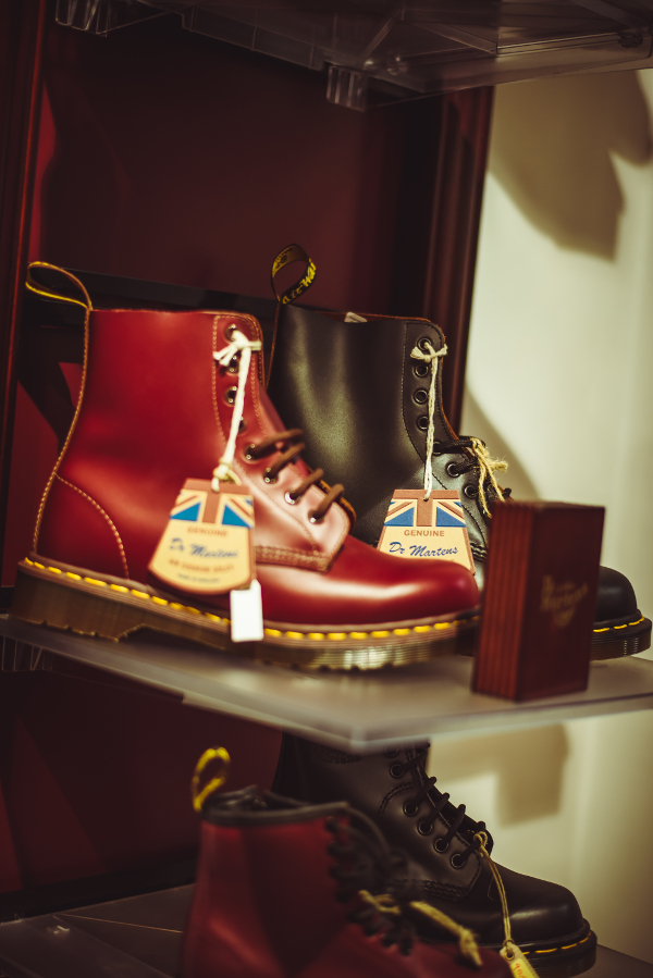 Dr. Martens made in england spezial madrid botas the passenger luis angel ramos unagi magazine