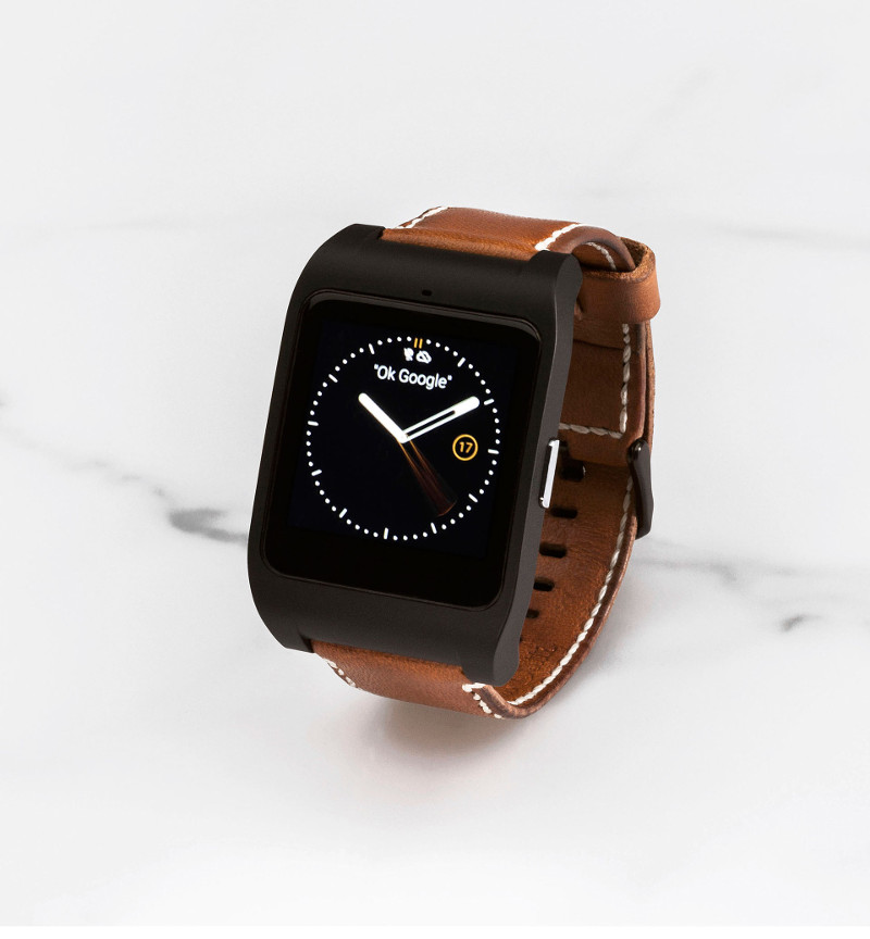 tech by sony massimo dutti smartwatch unagi magazine