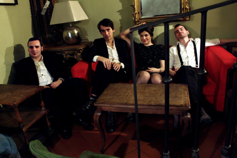 marta tchai los amantes disco indie badajoz cantautora banda