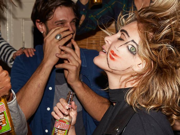 pre-fiesta desperados cerveza tequila party