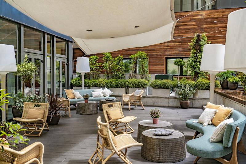 vincci soho hoteles en madrid terraza