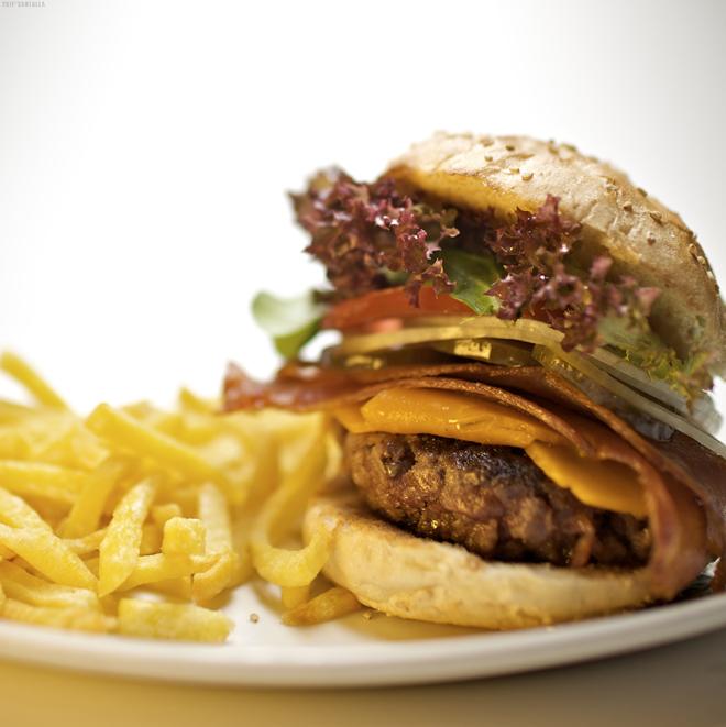 Platos Home Burger Bar