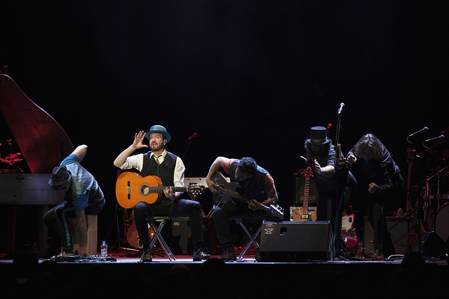 alex o'dogherty concierto circo price rock pop bizarrería
