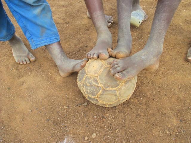 futbol patricia campos uganda soccer without borders