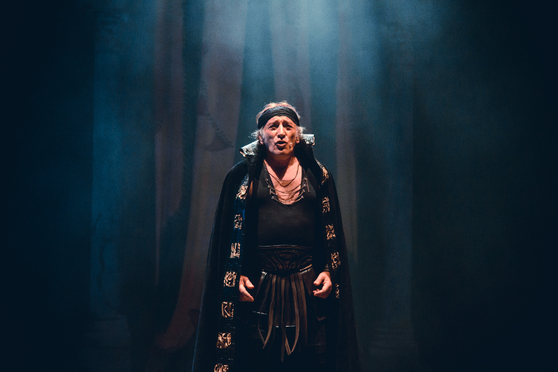 hércules musical teatro merida la latina circo reguant pablo abraira clara alvarado victor ullate