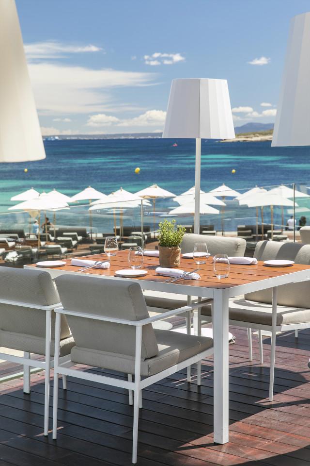 restaurante pez playa me mallorca hotel instagram