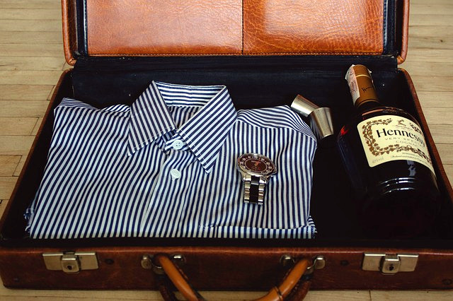 Cosas que no debes meter en la maleta si vas a ciertos destinos